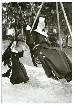Postcard Gutrath Verlag | Swinging Nuns
