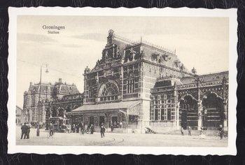 Postcard Oud Hollandse Postkaart | Groningen, Station