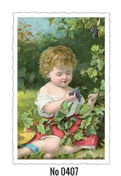 Oud Hollandse Postkaart | Jongen met druiven