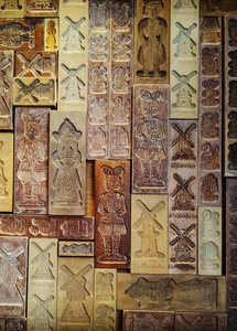 The Dutch Connection Postcard | Speculaas Moulds
