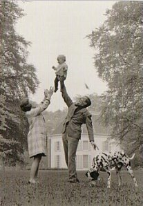 Postcard |Max Koot (1917-1991) - Prinses Beatrix, Prins Claus en Willem-Alexander